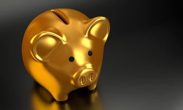 budget prepping piggy bank